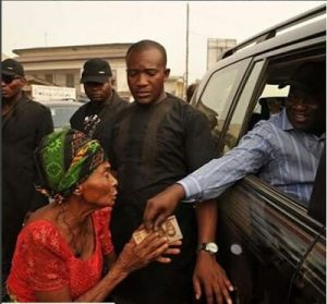 Abia Governor Under Attacks As He Gives An Old Woman N1000 (Photo)