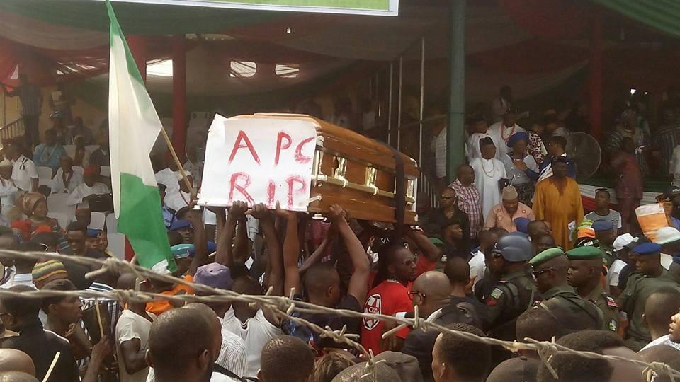 PDP Buries APC In Akwa Ibom State (Photos)